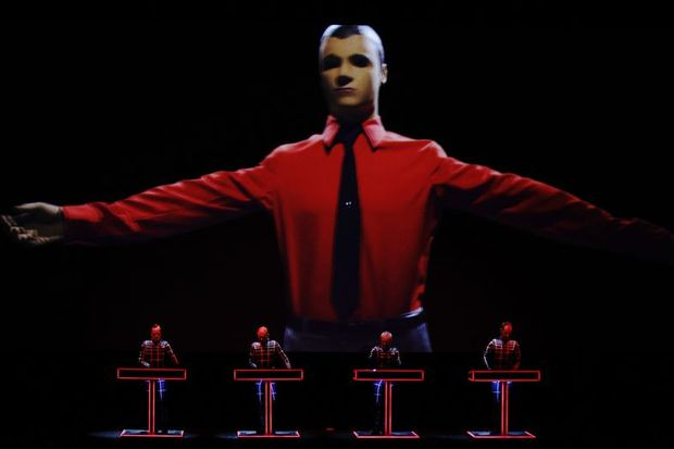 Tate Modern'de 3D Kraftwerk şovu!