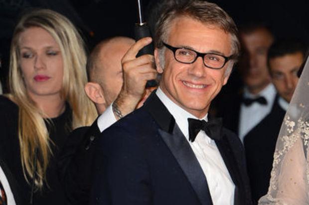 Cannes'da silah patladı!