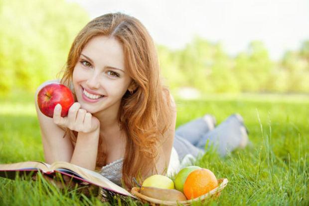 Meyve yemenin tadını çıkarın!