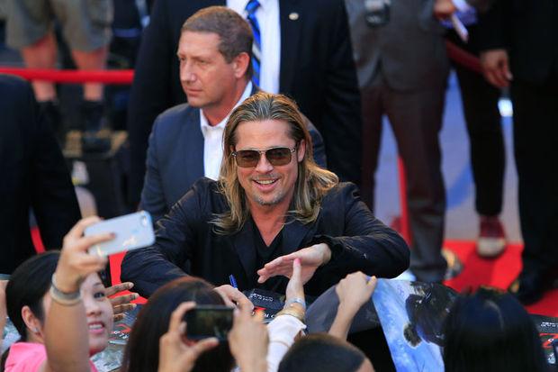 Times Meydanı'nda Brad Pitt izdihamı!