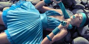 Bu yazın modası: Neon kıyafetler…