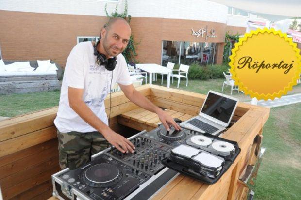 """DJ Yossi Üzyaprak: """"Ünlülerin DJ'liği hobi olarak yapmaları tercihimdir!"""""""