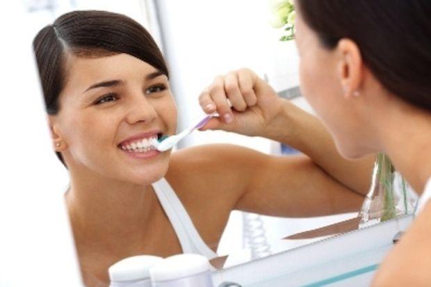 Tırnak yemek ağız ve diş sağlığı düşmanı!
