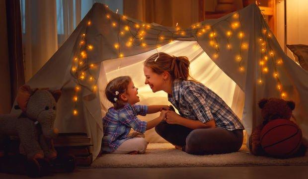 Aşırı korumak çocuğa zarar verir