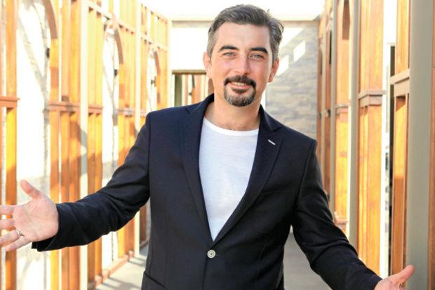 """Ali İhsan Varol: """"Çarli'nin bakıcılığını yaptım"""""""