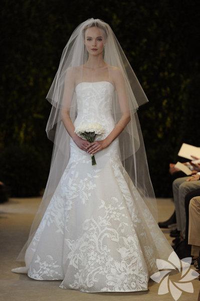 Carolina Herrera 2014 yaz gelinlik modelleri...