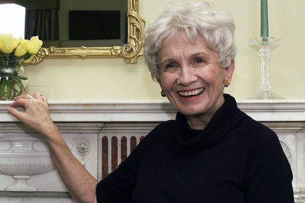 2013 Nobel Edebiyat Ödülü Alice Munro'nun