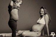 Candice Swanepoel oğlunun yüzünü gösterdi
