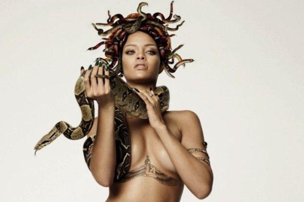 Çıplak Medusa: Rihanna