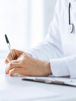 Embriyo transferi sonrası belli bir süre yatmalı mı?