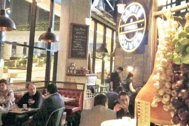 Ve Jamie Oliver'ın mutfağı İstanbul'da...
