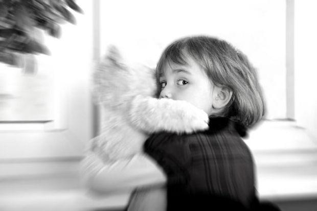 Çocuklarımızı pedofillerden nasıl koruyabiliriz?