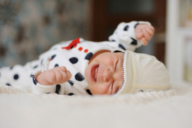 Ağlayan bebeğinizi susturmak için akıllıca yollar