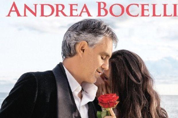 En sevilen tenor Bocelli geliyor