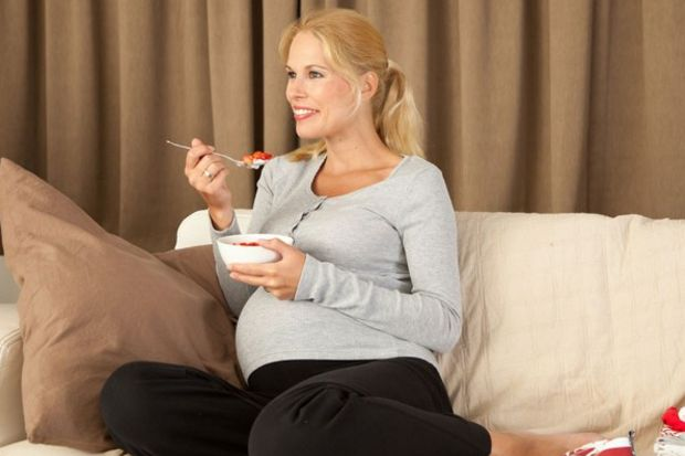 Erken hamilelikte bebek yetersiz besleniyor!