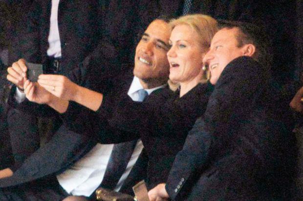 Üç selfie bir cenaze