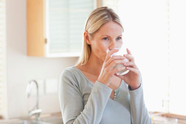 Fazla su içmek sağlığınıza zarar verebilir