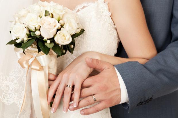 Evlendikten sonra soyadınız aynı kalabilir