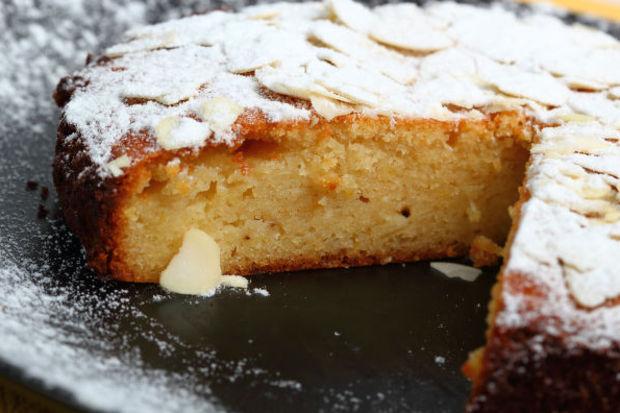 Okurun Mutfağından: Bademli mandalinalı pasta