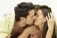 Erkeklerin yatakta sevdiği 15 sürpriz hareket
