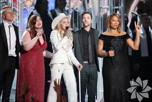 56. GrammyÖdülleri, ABD'nin Los Angeles kentinde düzenlenen törenle sahiplerini buldu. Ödülleri gecesinde, Yılın Albümü, Yılın Kaydı, Yılın Şarkısı, Yılın En İyi Yeni Sanatçısı olmak üzere başlıca 4 katagoride ve toplam 82 dalda ödül verildi.  Ödül törenine katılan ünlüler şıklıklarıyla dikkat çekti. İşte Grammy ödüllerinin şıkları...