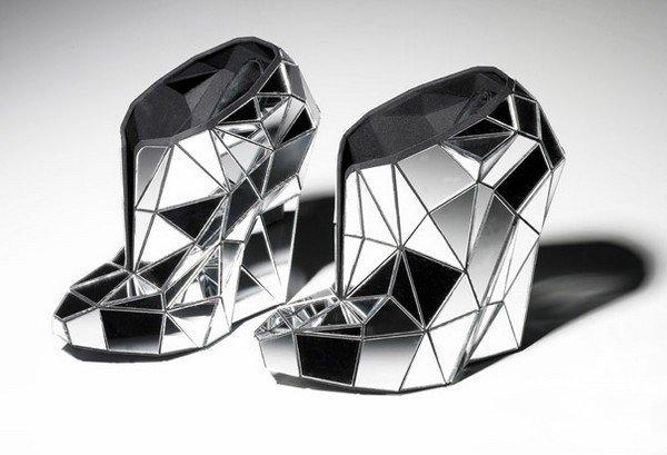 İlginç tasarım ayakkabılar...