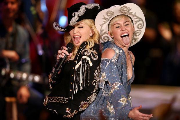 Madonna'yı da kendisine benzetti