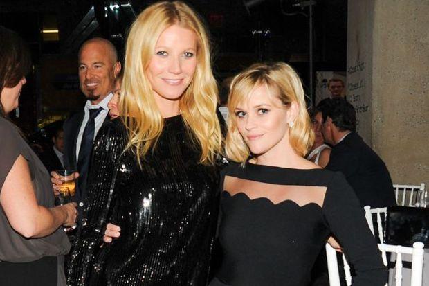 Oscar'lı güzellerin siyah şıklığı