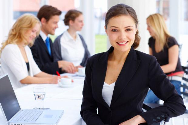 Gelişen sektörlerde kadın yöneticilere yer yok!