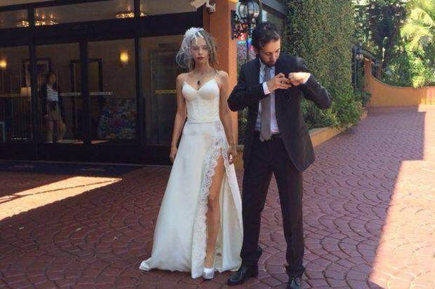 Pelin Sönmez Los Angeles'ta evlendi