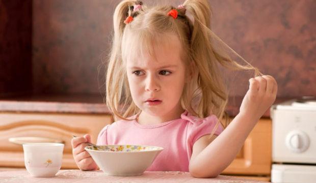 Yemek yemeyen çocuklara nasıl yaklaşılmalı?
