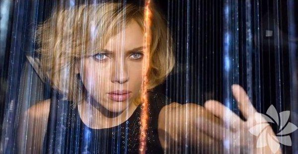 """Başrolünde Scarlett Johansson'un oynadığı """"Lucy"""" vesilesiyle sinema tarihine çentik atan kadın aksiyon kahramanlarını bir kez daha hatırladık."""