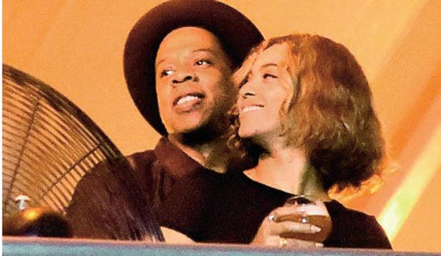 Beyonce ve Jay-Z'den mutluluk pozları