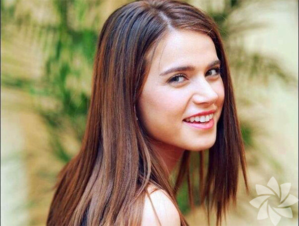 Ceyda Ateş, 14 Eylül 1987 tarihinde, Ankara doğmuştur.