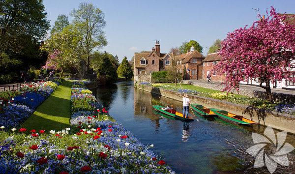 Canterbury, İngiltere'nin güneydoğusunda bulunuyor.