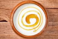 Yağlı cildin ilacı yumurta sarısı