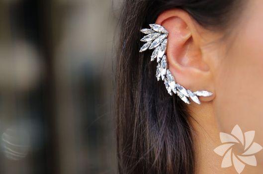 Son moda küpe trendi: Kulak kelepçeleri