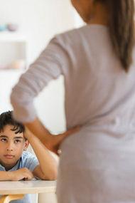 Ebeveynler çocuklarını nasıl engeller?