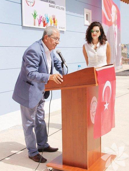 Bergüzar Korel'e fan club üyeleri 27 Ağustos'taki 35. doğum günü için iki sürpriz hazırladı: Afrika'da eşi Halit Ergenç ve oğlu Ali'nin adını taşıyan bir su kuyusu açtılar.