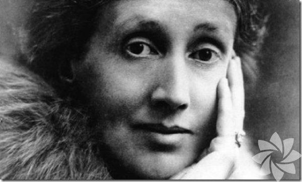 Virginia Woolf(1941) İngiliz yazar, yayıncı. Ceplerine taşlar doldurarak nehre atlayıp intihar etti.
