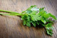 Cilt lekelerini azaltan maydanozun faydaları
