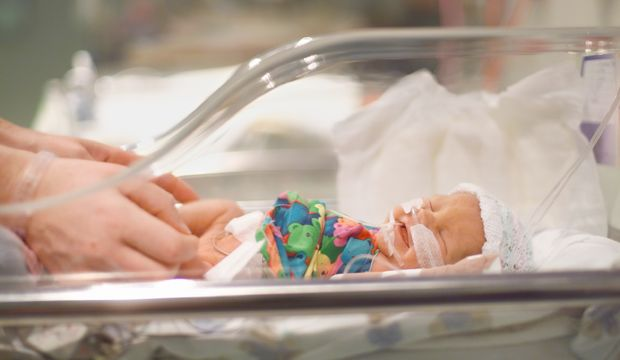 Prematüre bebekler annelerinin kalplerinde büyür