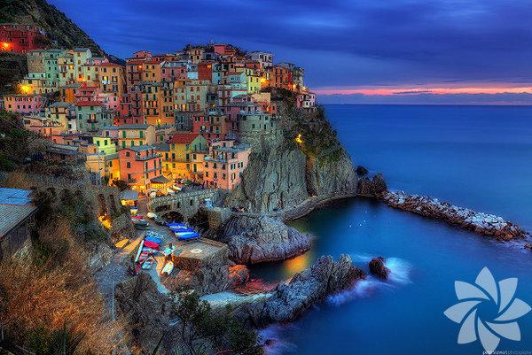 İtalya'nın  Liguria Bölgesi'nde bulunan bir köy...