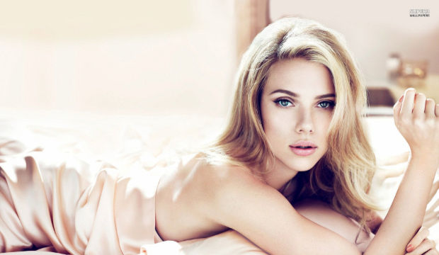 Scarlett Johansson emzirerek zayıflayacak!