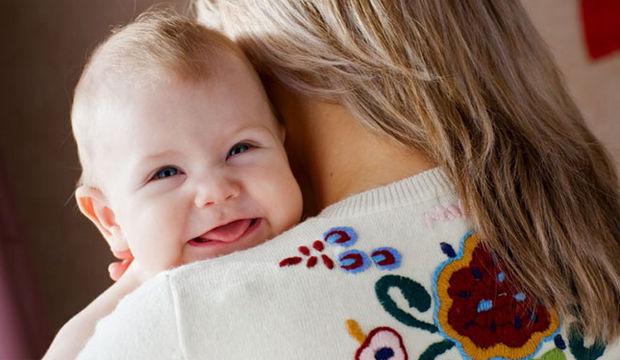 Bebeğiniz sevmeyi nereden öğrenir?