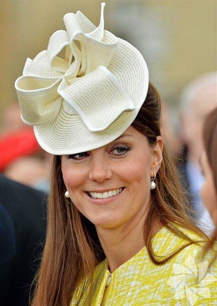 Kate Middleton şapkaları