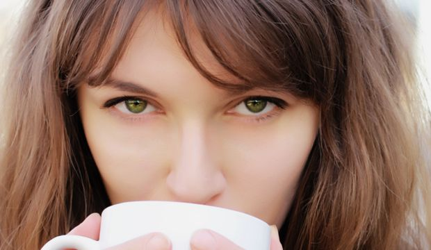 Yeşil çay gözleri de koruyor!