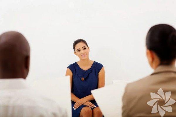 İşyeri hakkında bilgi sahibi olmamak: Görüşme öncesi, görüşme yapacağınız işyeri hakkında araştırma yapmalısınız. İşyeri hakkında edineceğiniz bilgiler, öncelikli olarak sizin o işyerini isteyip istemediğinizi gösterir. Ayrıca görüşme sırasında neden o işyerinde çalışmak istediğinizi sorduklarında daha emin cevap ve net cevap vermenizi sağlar.