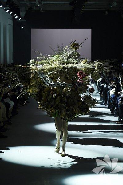 Viktor & Rolf  2015 İlkbahar-Yaz Couture