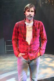 Erdal Beşikçioğlu: Tiyatro hep olacak